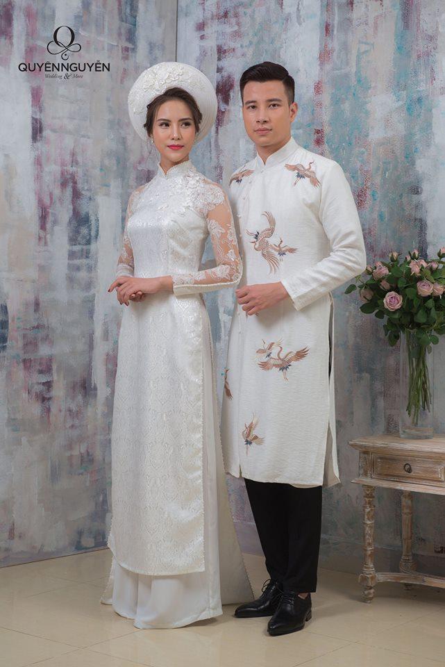 Áo dài ăn hỏi trắng cho đôi cô dâu chú rể