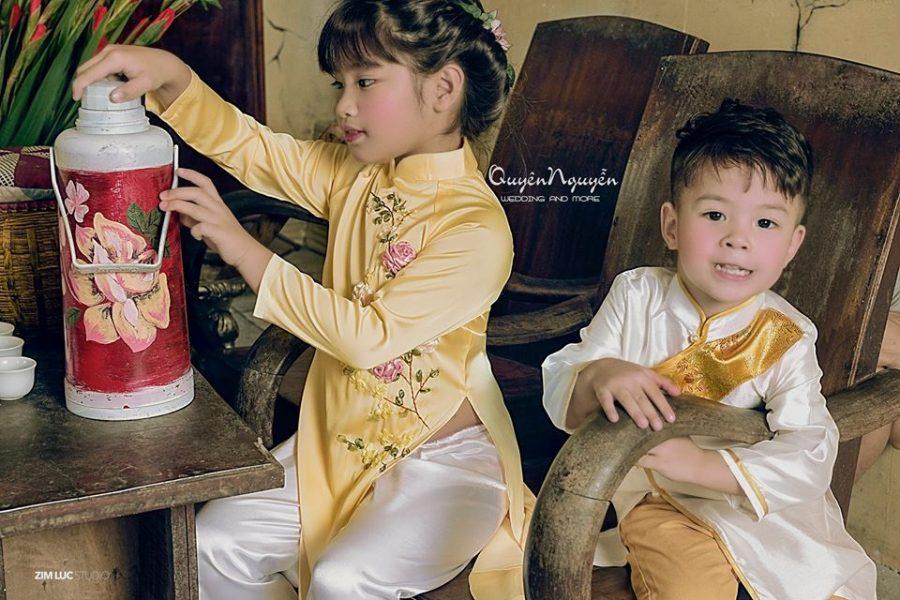 Áo dài trẻ em ngày lễ