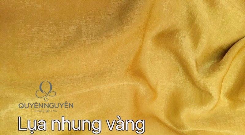 Vải lụa nhung vàng