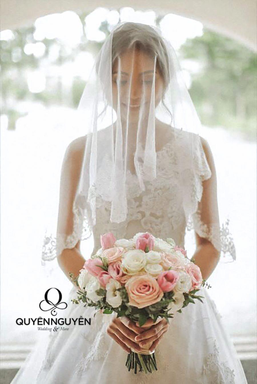 Những mẫu váy cưới độc bản dành riêng cho cô dâu