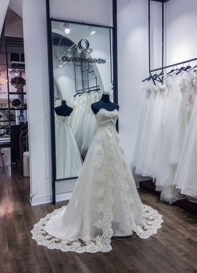 Mẫu váy cưới riêng