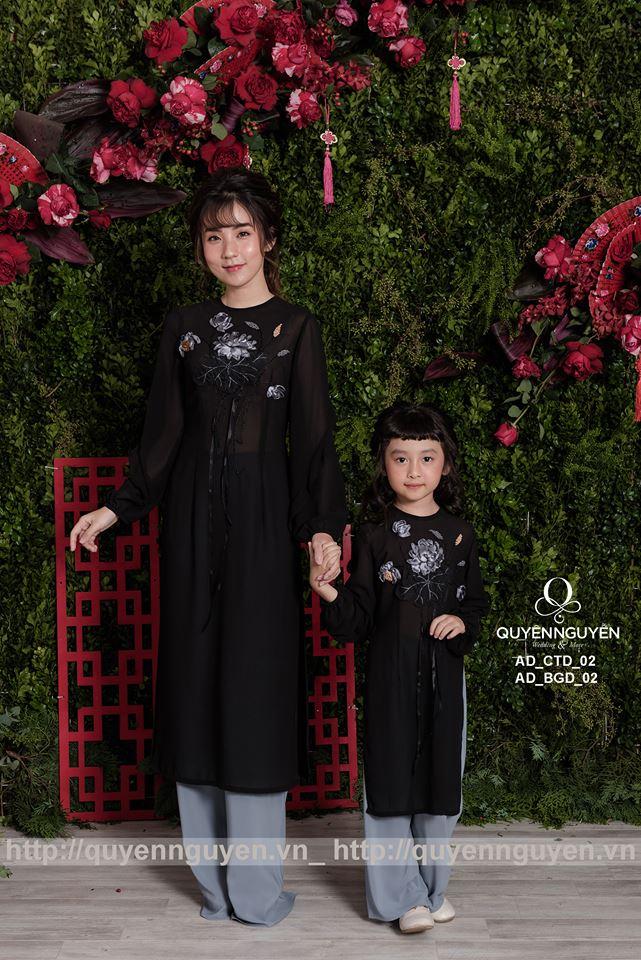 Áo dài cách tân mẹ và con gái màu đen