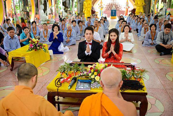 Buổi lễ Hằng Thuận được tổ chức