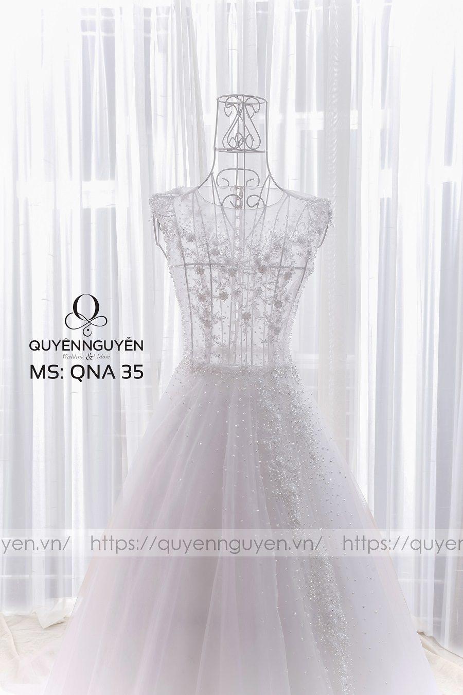 Váy cưới dáng A QNA 35