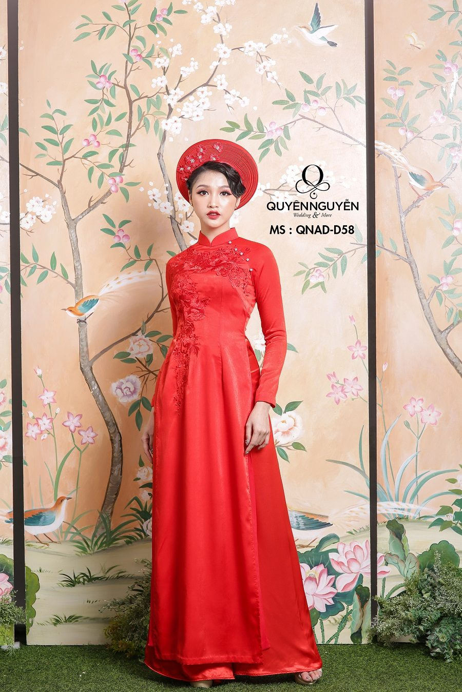 Áo dài màu đỏ AD D58