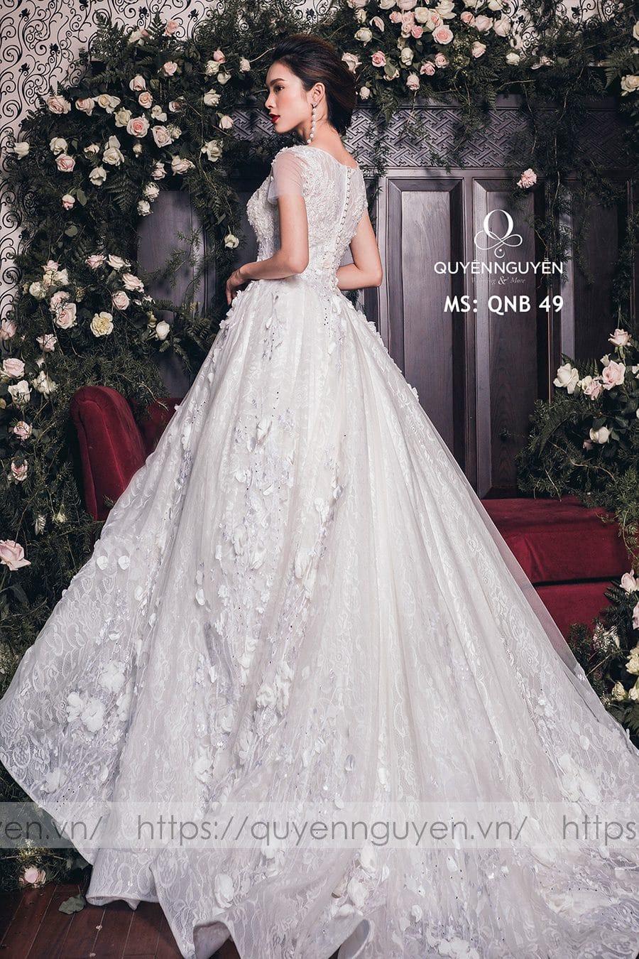 Váy cưới dáng bồng công chúa QNB 49