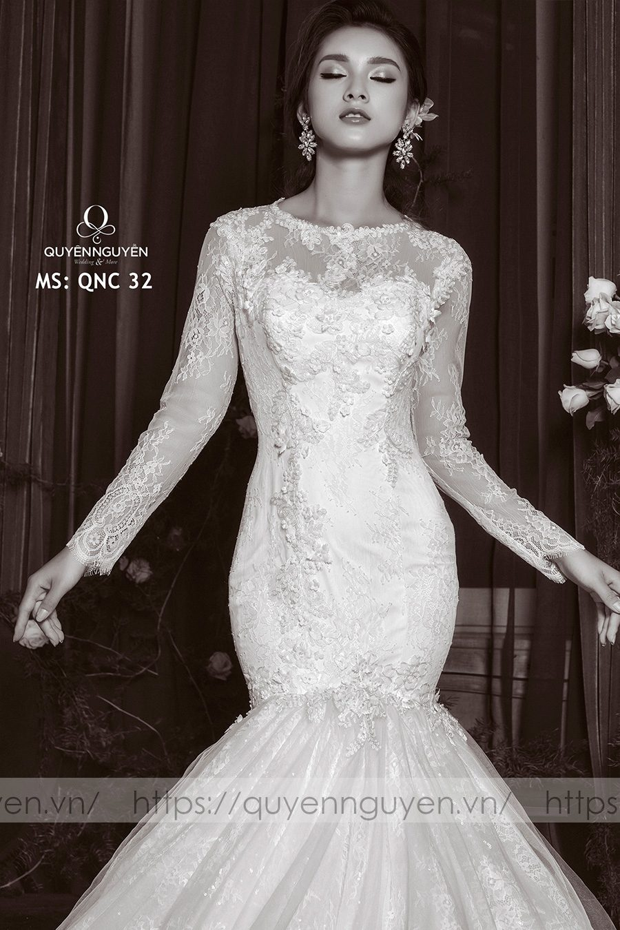 Váy cưới đuôi cá QNC 32