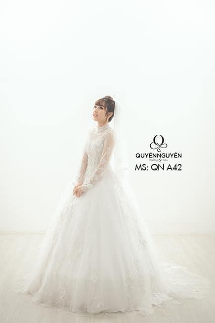 Váy cưới dáng A QNA 42