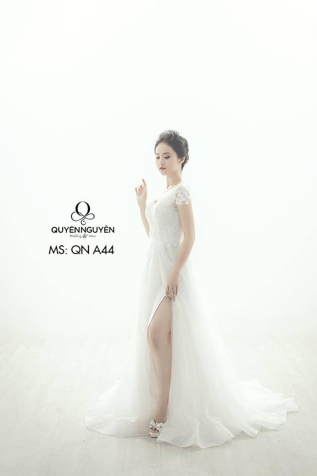 Váy cưới dáng A QNA 44
