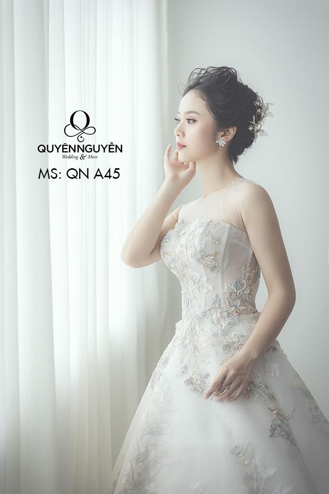 Váy cưới dáng A QNA 45