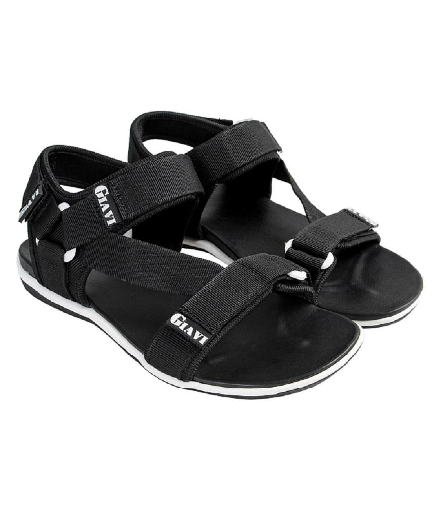 Mặc áo dài cách tân nam mang sandals