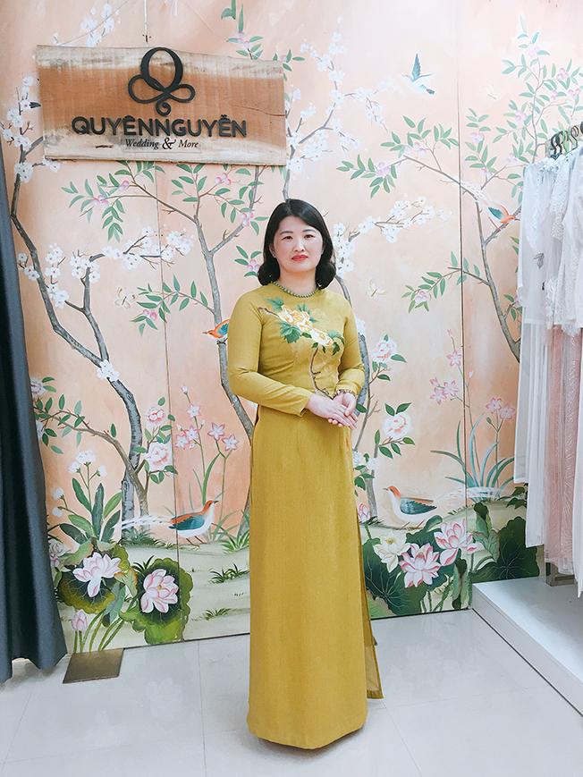 Áo dài cho mẹ Tơ sống Hàn Quốc thêu hoa peony