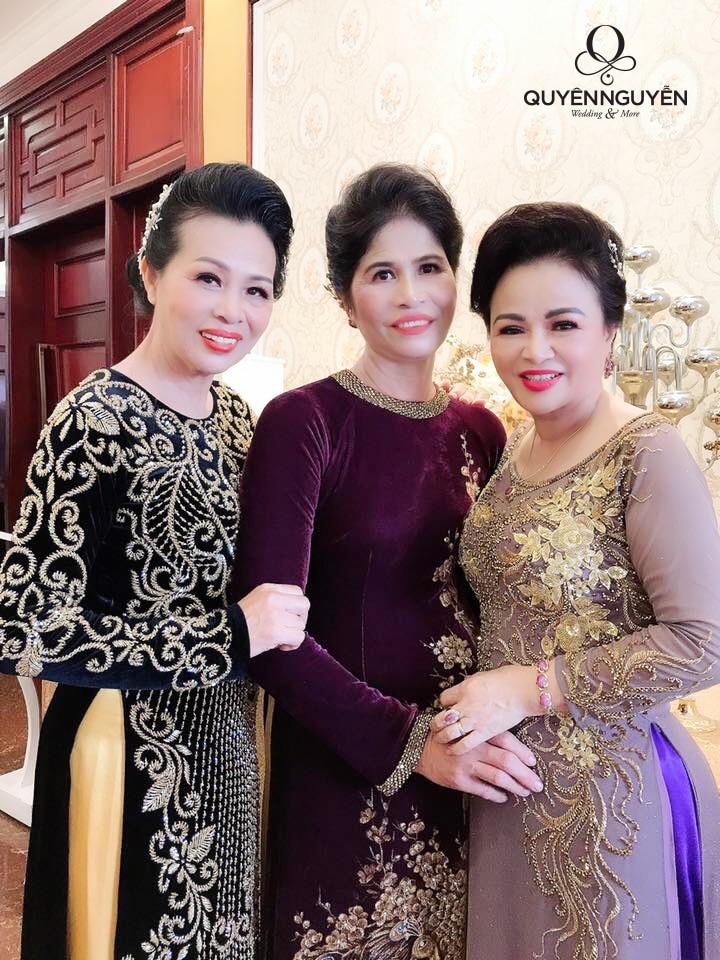 3 mẫu áo dài cho mẹ