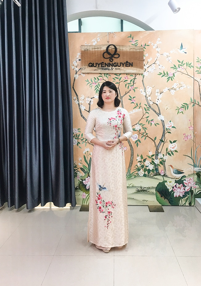 Áo dài cho mẹ thêu hoa Sakura Hạc Nhật