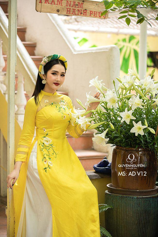 Áo dài Hà Nội 12 mùa hoa