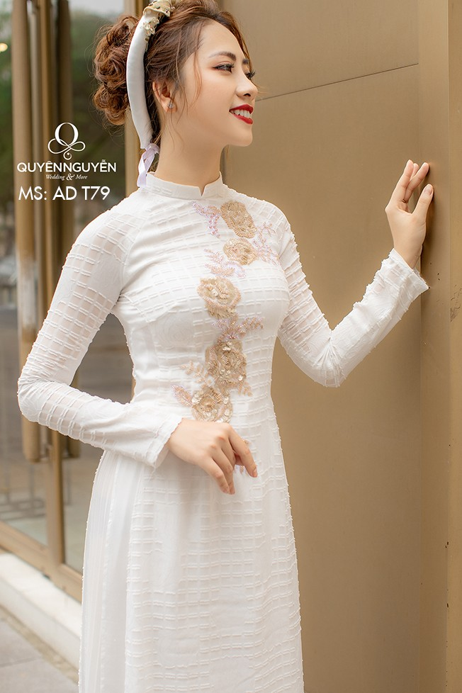 Áo dài trắng AD T79