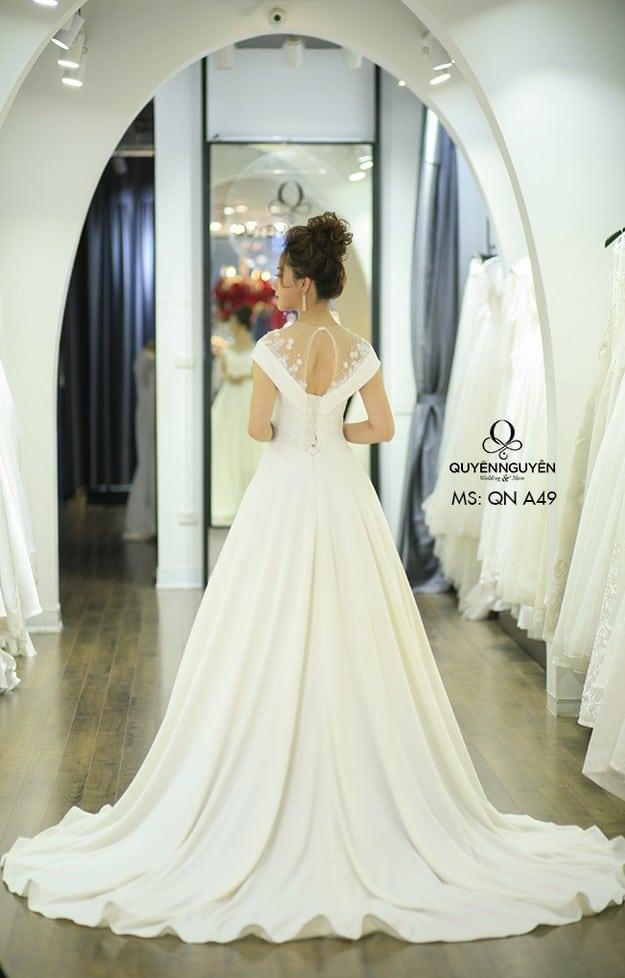 Váy cưới dáng A QNA 49