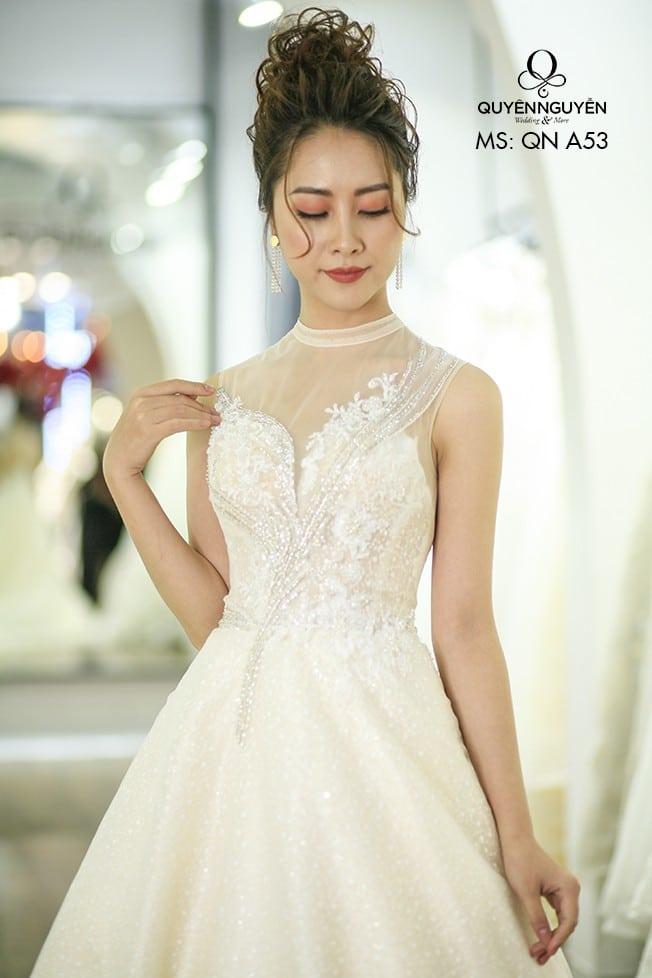 Váy cưới dáng A QNA 53