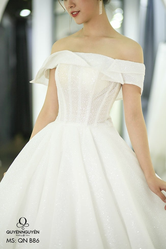 Váy cưới dáng A QNA 86