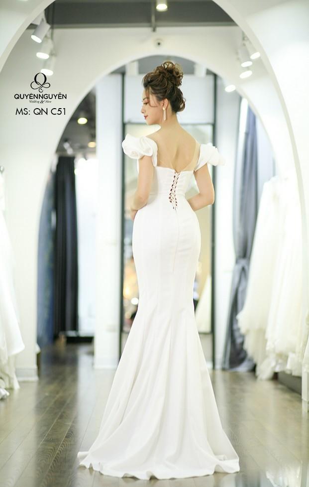 Váy cưới đuôi cá QNC 51
