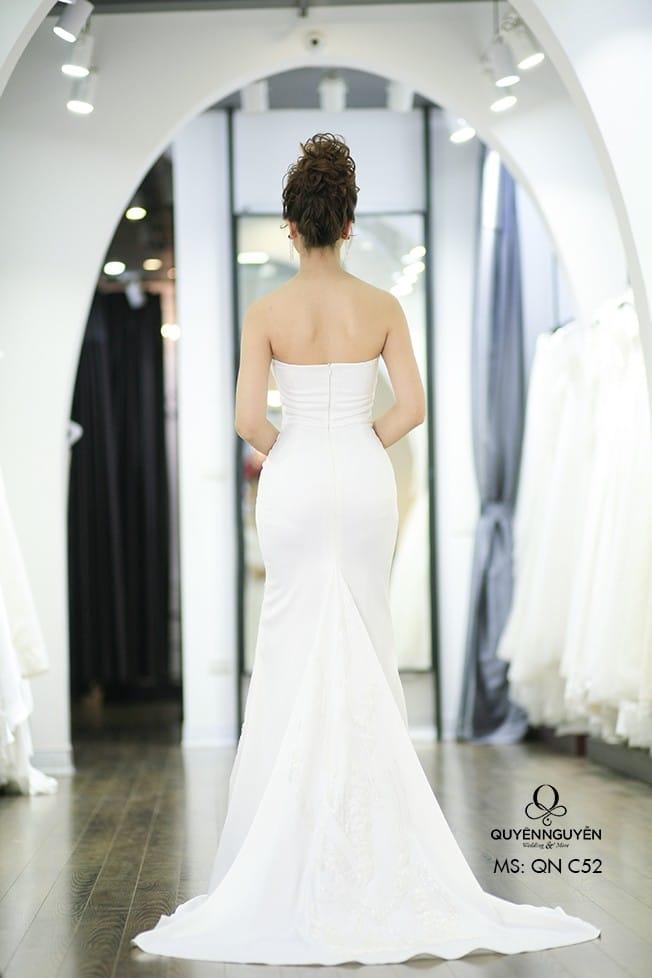 Váy cưới đuôi cá QNC 52