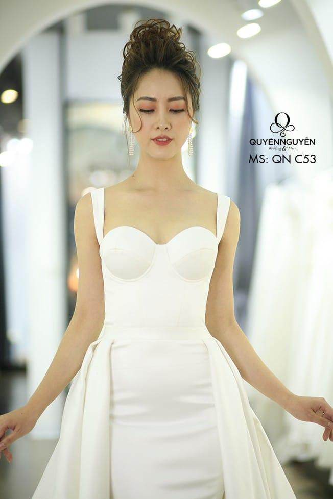 Váy cưới đuôi cá QNC 53