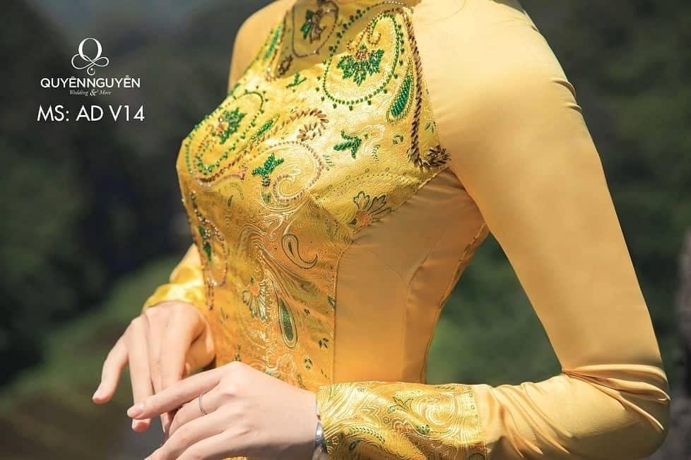 Áo dài màu vàng AD V14