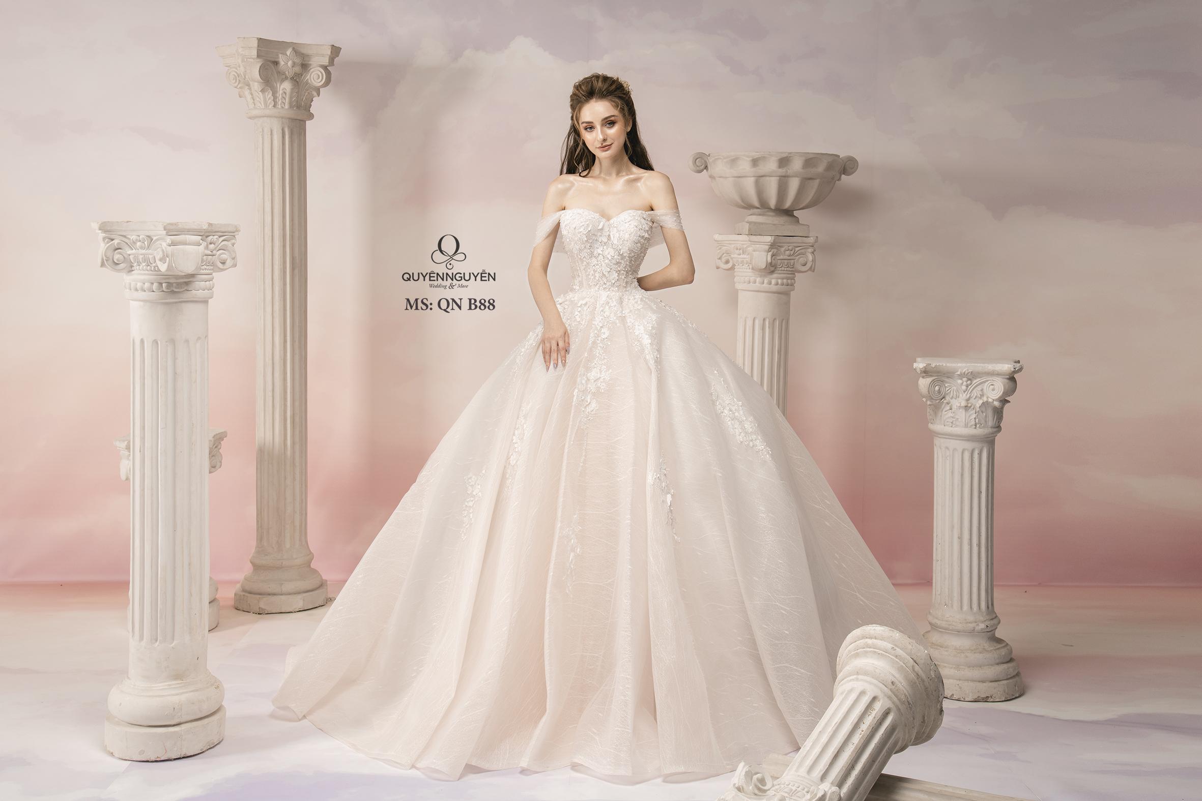 mẫu váy cưới đẹp 2019
