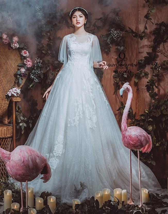 """Mẫu váy cưới đẹp 2019 """"gây thương nhớ"""" của Quyên Nguyễn Bridal"""