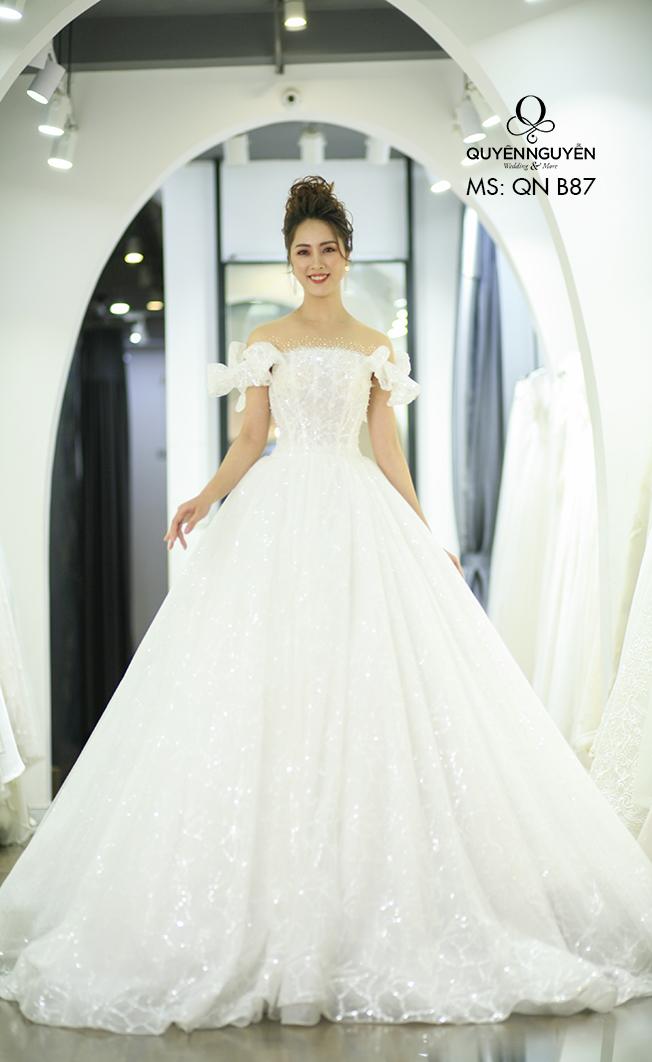 váy cưới 2019