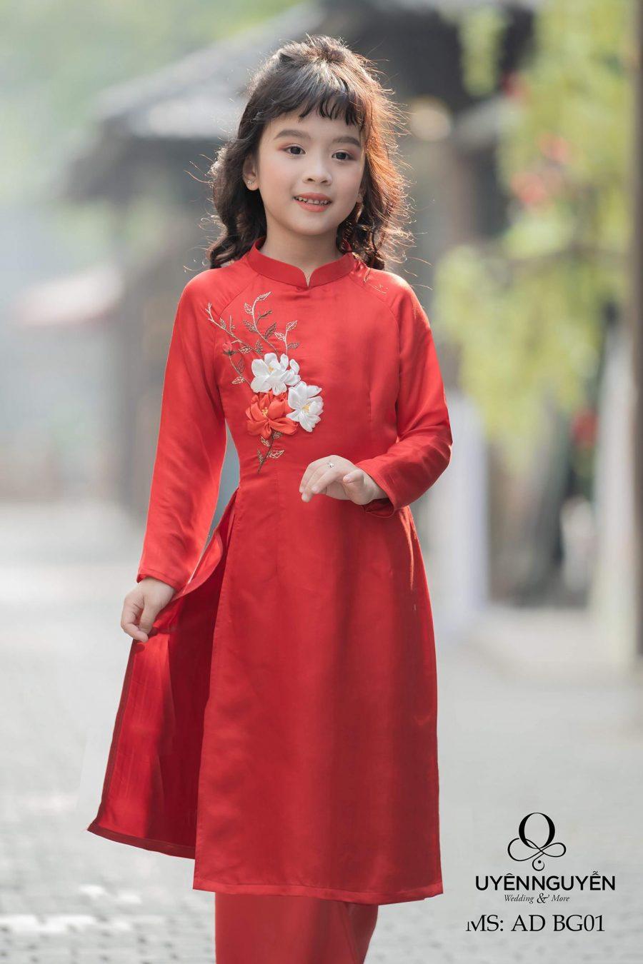 Áo dài trẻ em cách tân đẹp đón xuân 2020
