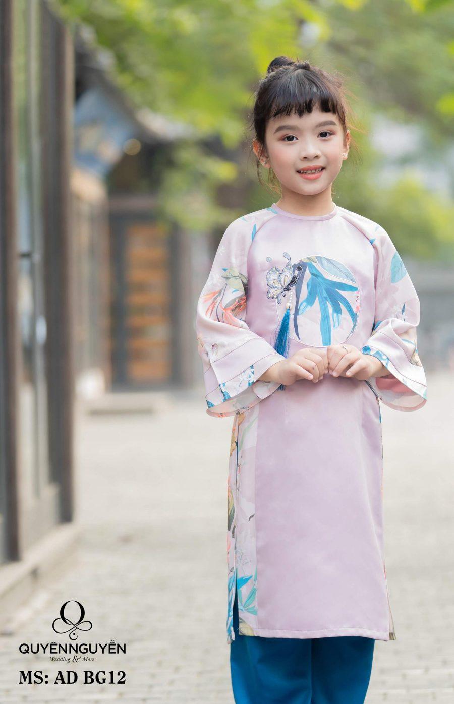 Áo dài bé gái màu hồng tay loe họa tiết độc đáo AD BG12