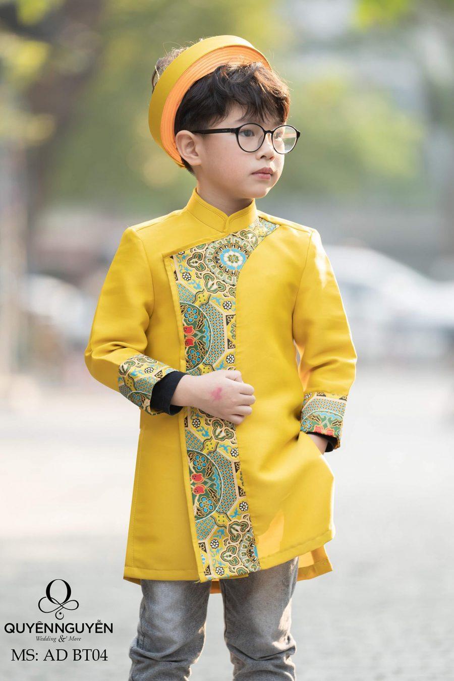 Áo dài bé trai màu vàng họa tiết gấm nổi bật AD BT04