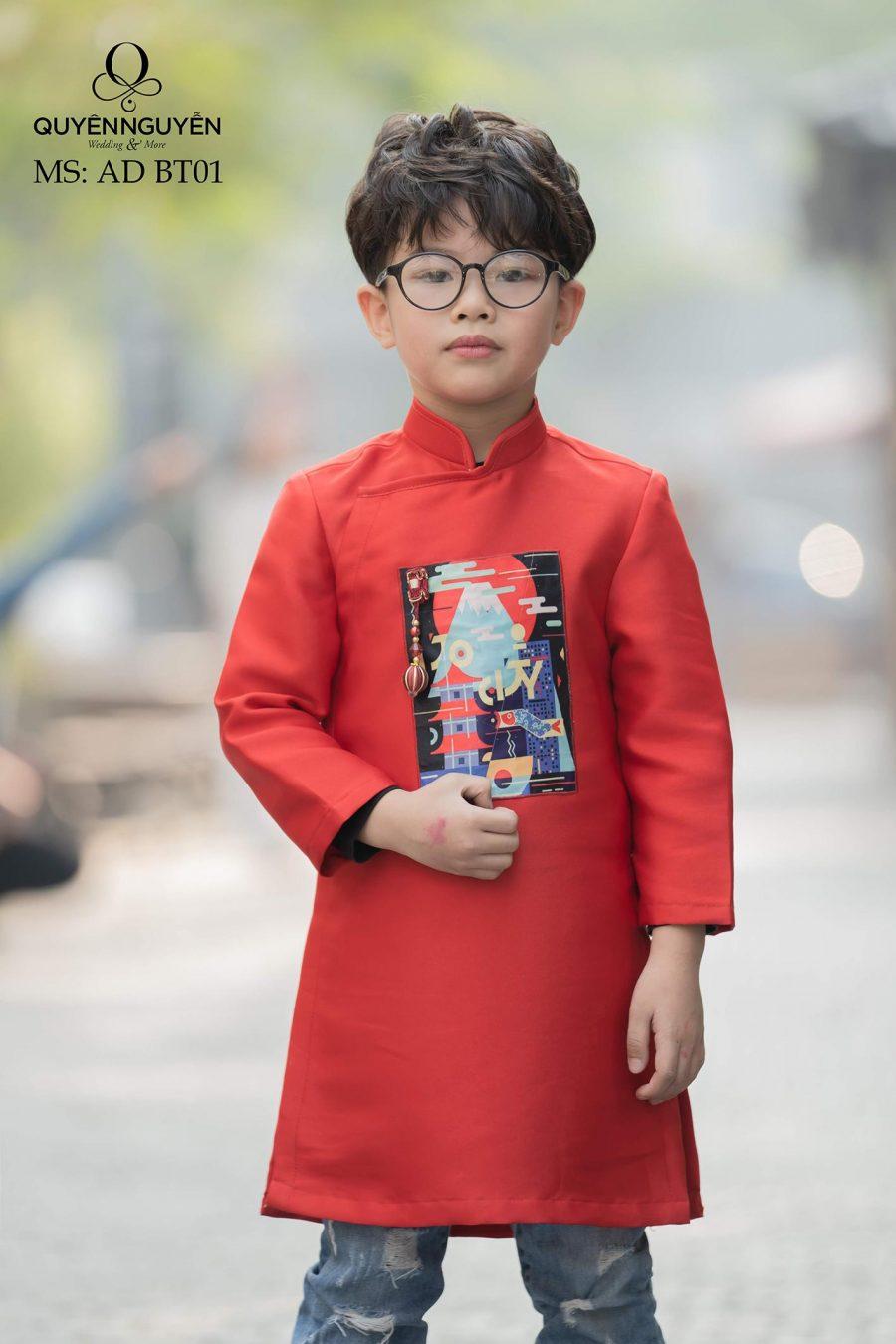 Áo dài bé trai màu đỏ cách tân họa tiết hiện đại AD BT01