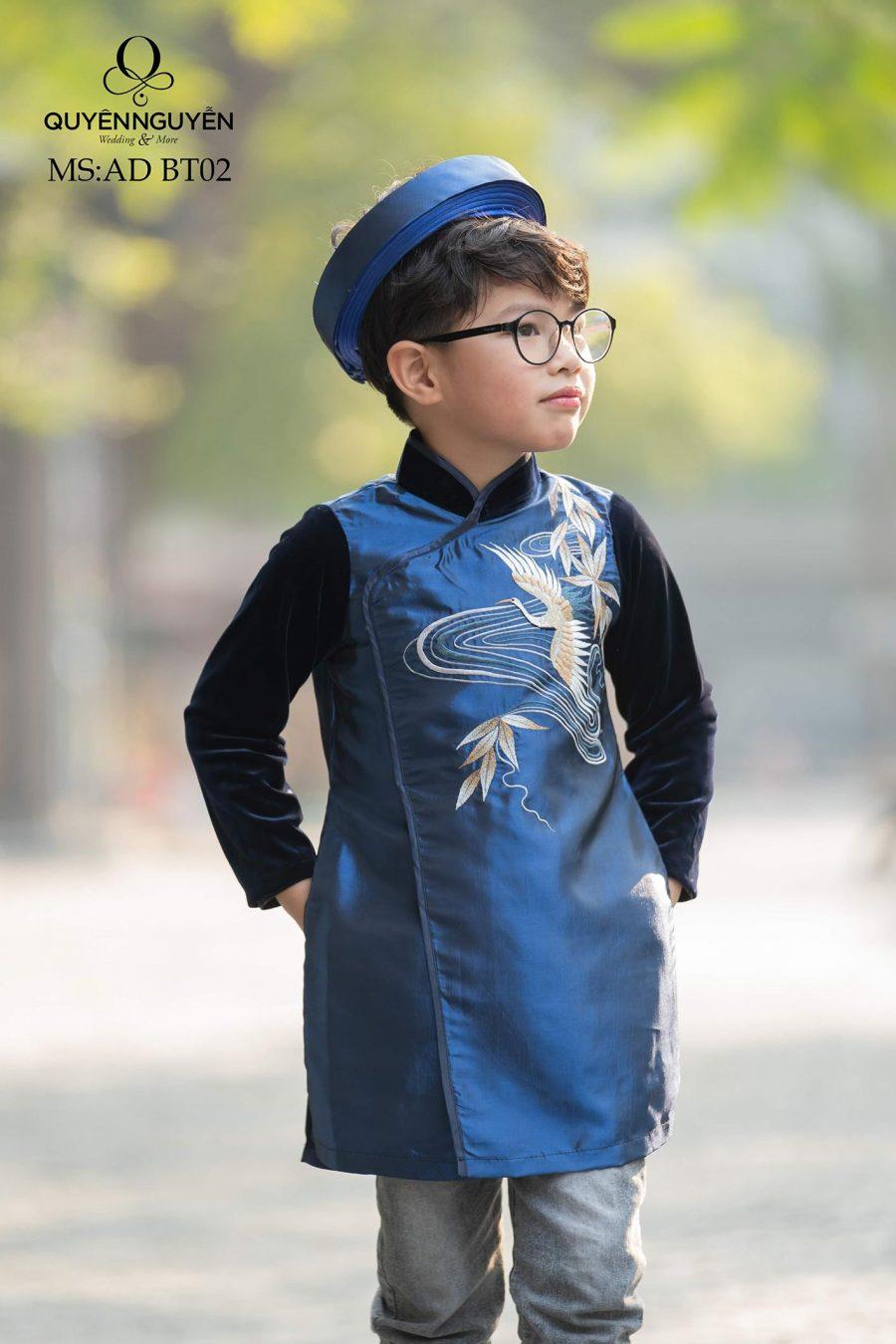 Áo dài bé trai xanh thêu chim hạc AD BT02