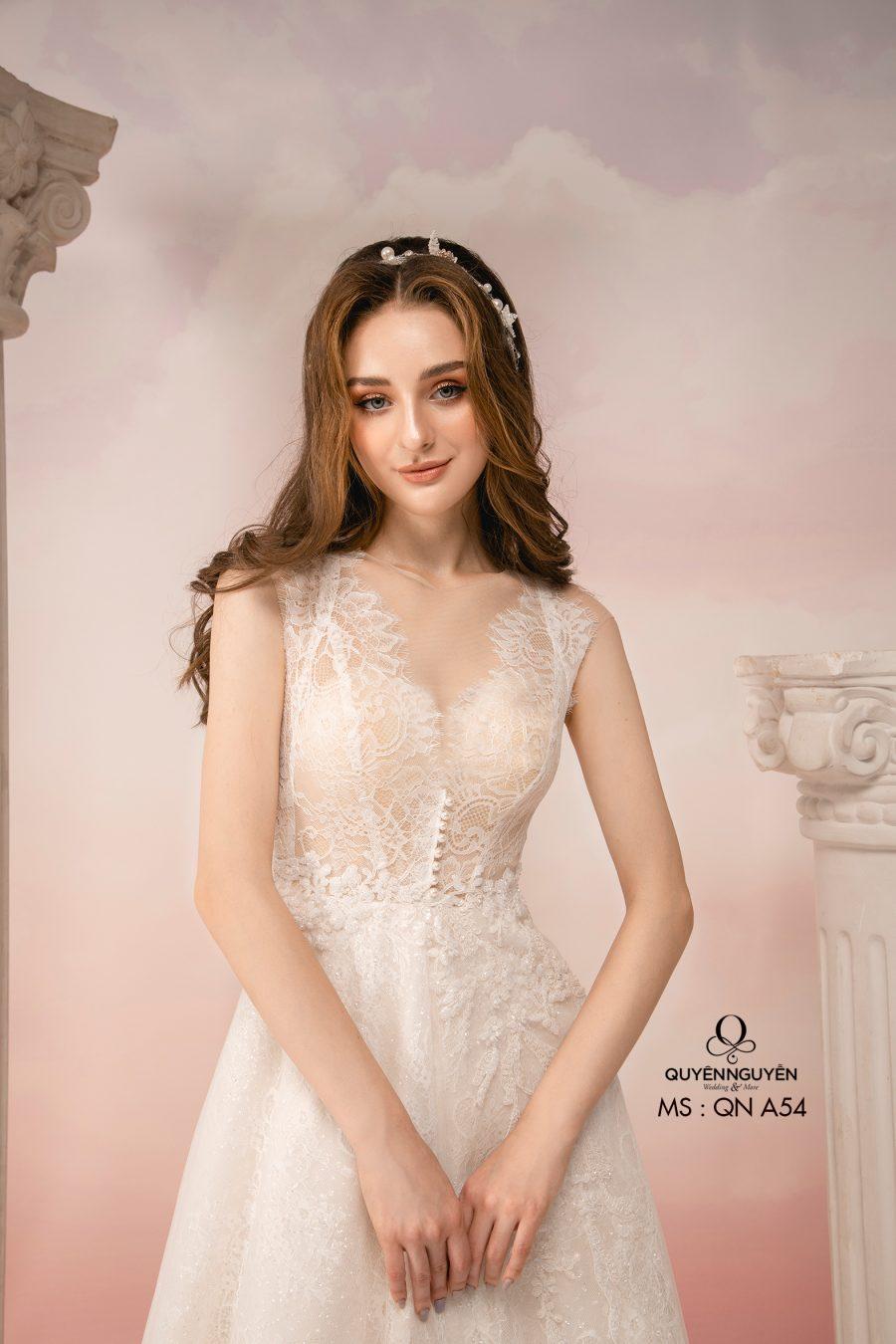 Váy cưới dáng A QNC54