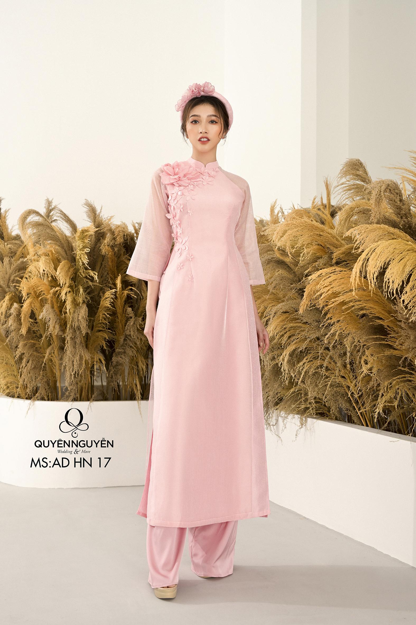 Áo dài cách tân tafta hồng nhạt thêu hoạ tiết hoa 3D