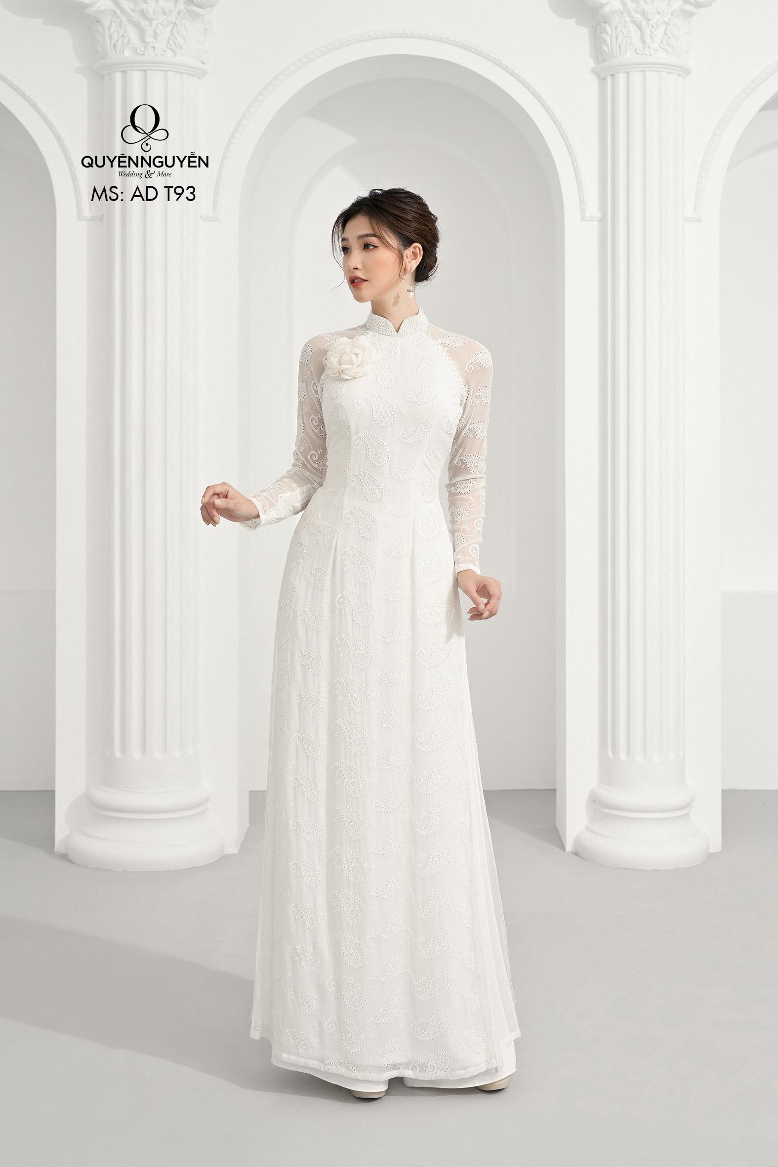 Áo dài cách tân ren trắng thêu hoa 3D nổi AD T93