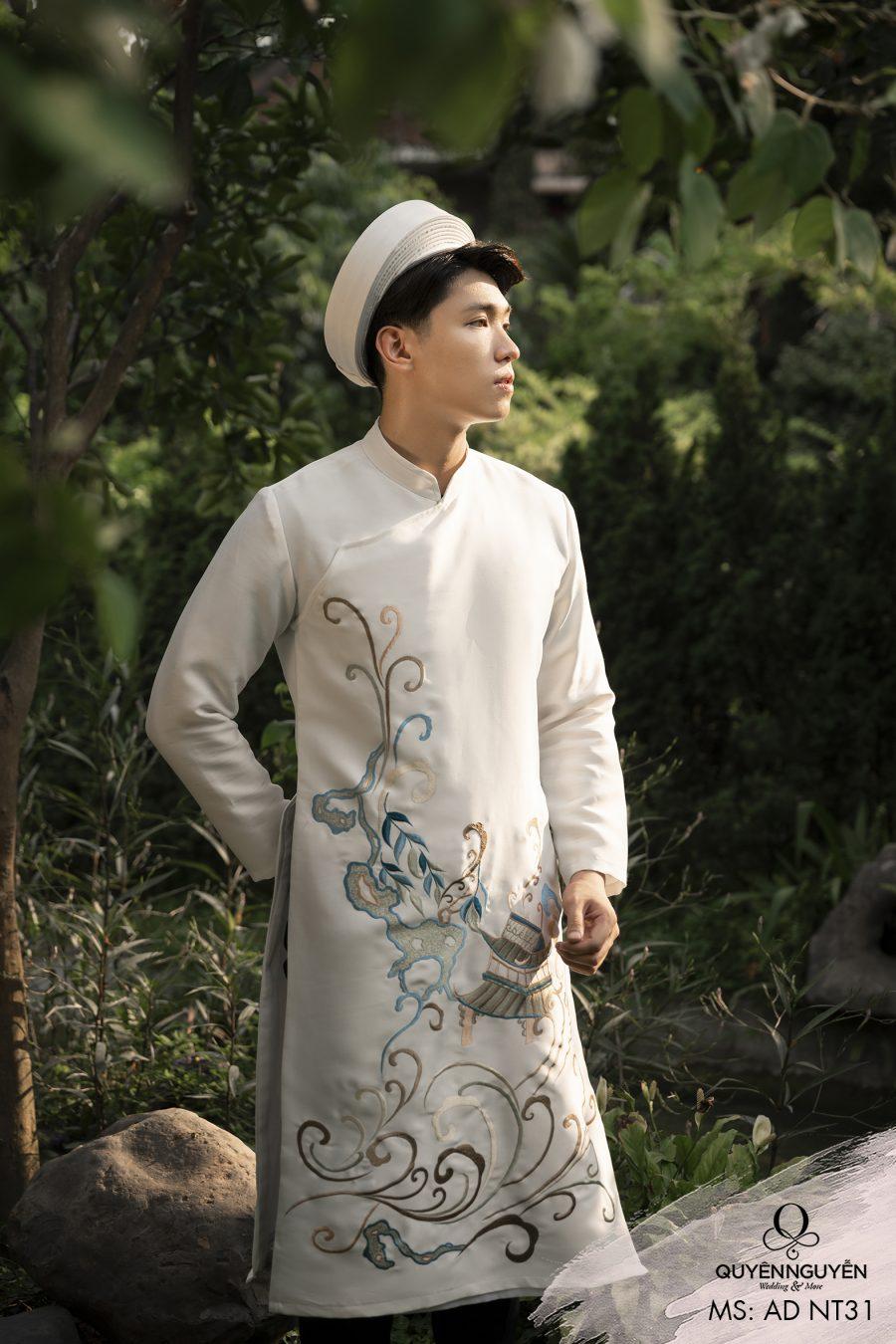 Áo dài nam trắng ADNT31 thêu họa tiết độc đáo