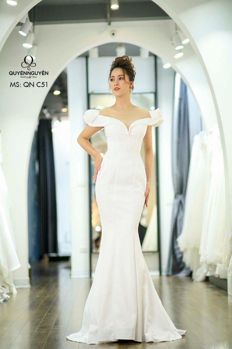 6 mẫu váy cưới đuôi cá đẹp nhất 2020 cho cô dâu