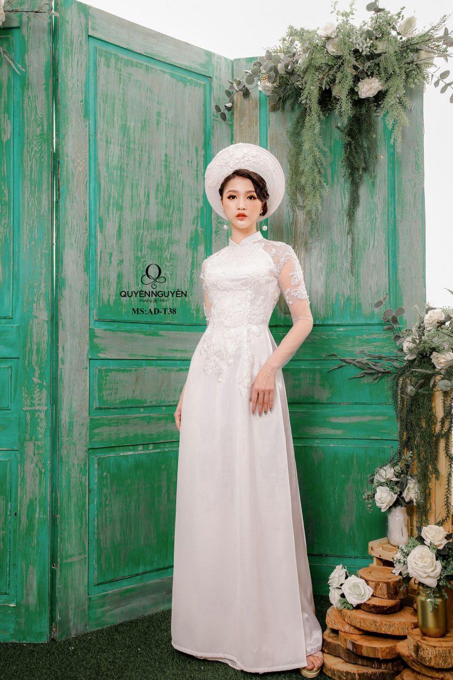 Cửa hàng áo dài may sẵn Hồ Chí Minh giá vừa tốt, áo vừa đẹp?