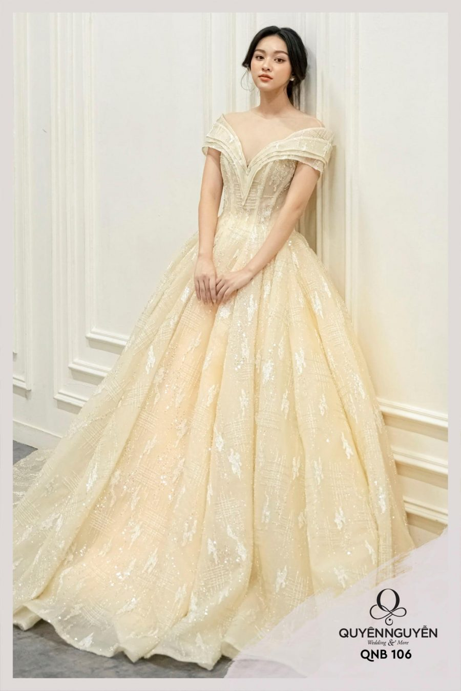 Váy cưới dáng bồng QNB106