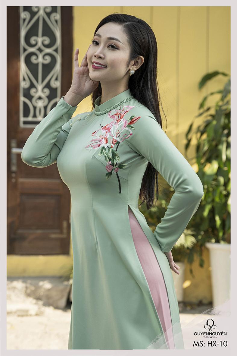Áo dài cách tân xanh ngọc thêu hoa ly ly HX10