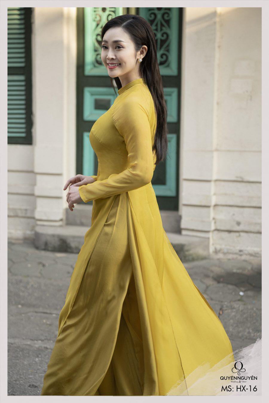 Áo dài Tết vàng thêu tay hoa Mộc HX16