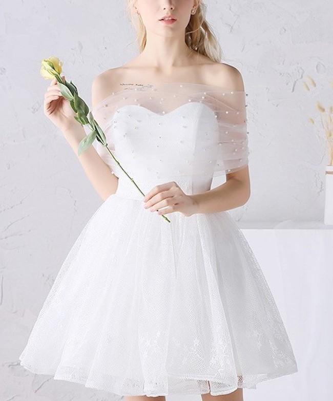 Những mẫu váy cưới ngắn hot nhất 2021
