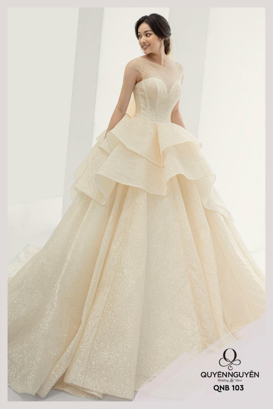 Mẫu váy cưới năm 2021 được ưa chuộng nhất trong BST Fairy Secret