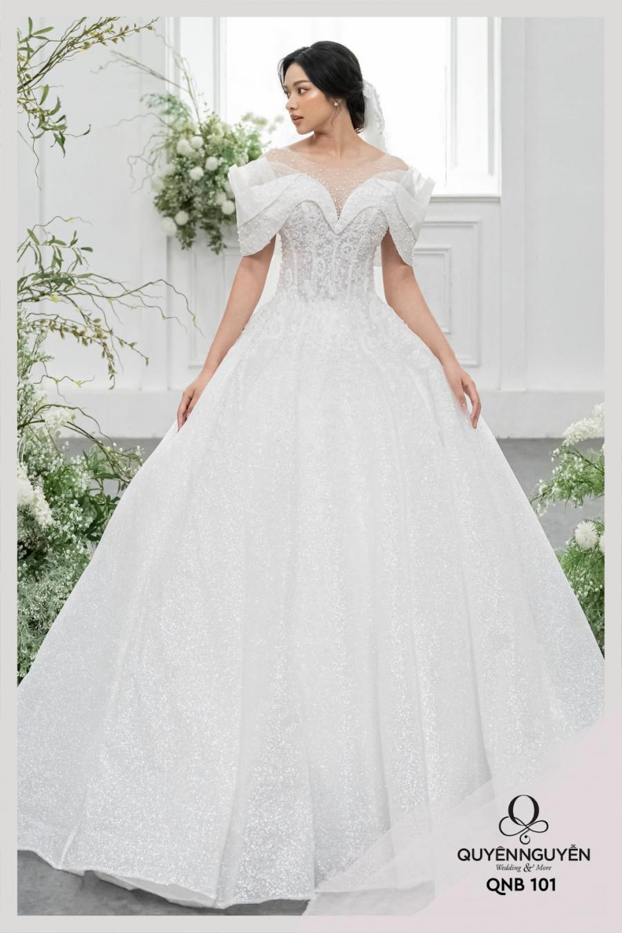 5 mẫu váy cưới công chúa cao cấp đẹp lung linh
