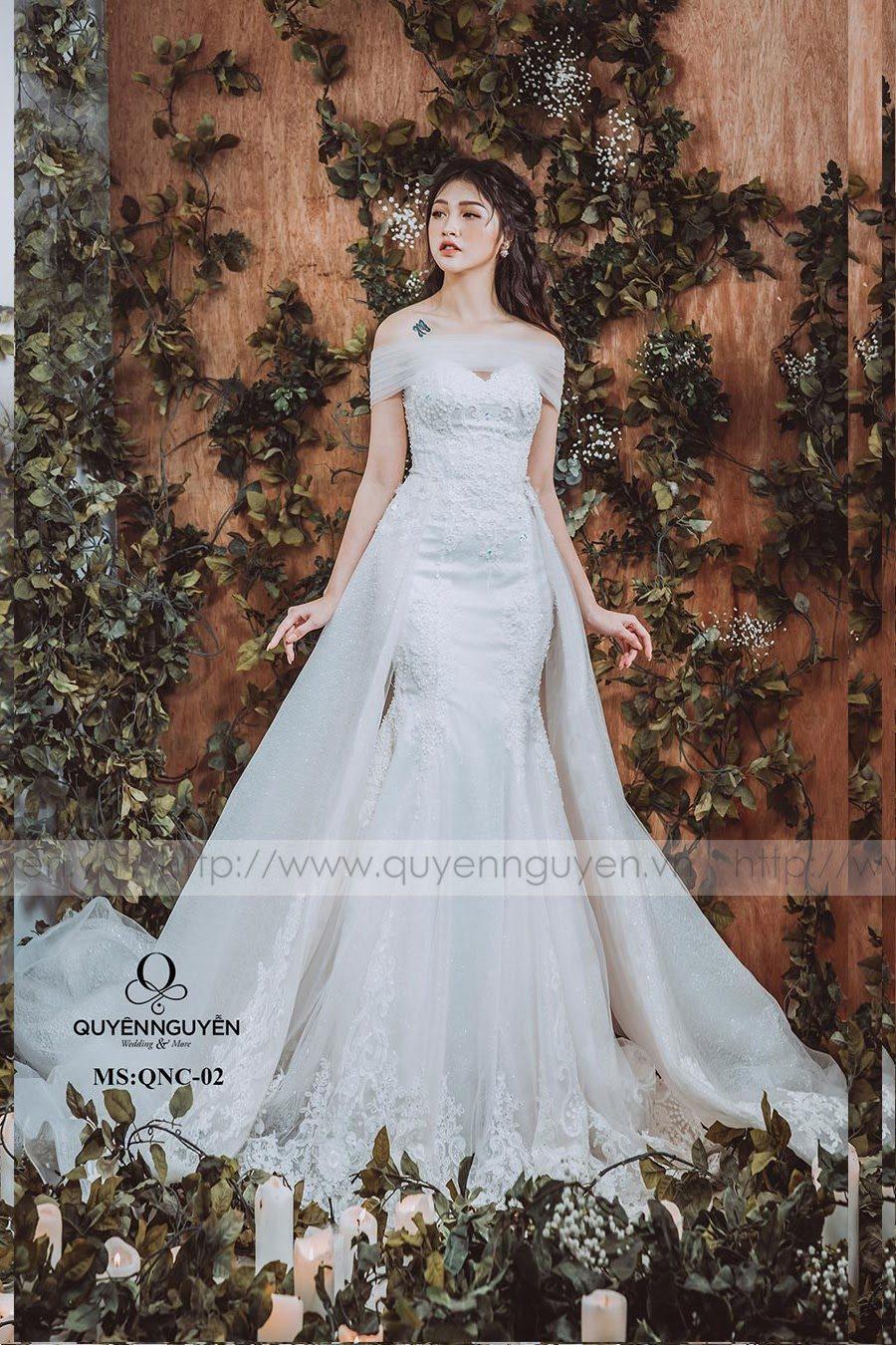 Cửa hàng may, cho thuê váy cưới đuôi cá sang chảnh tại Hà Nội